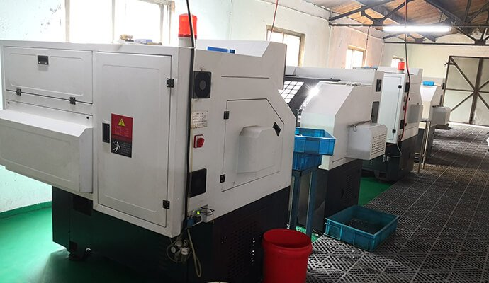 numerical control machine for pipe nipples